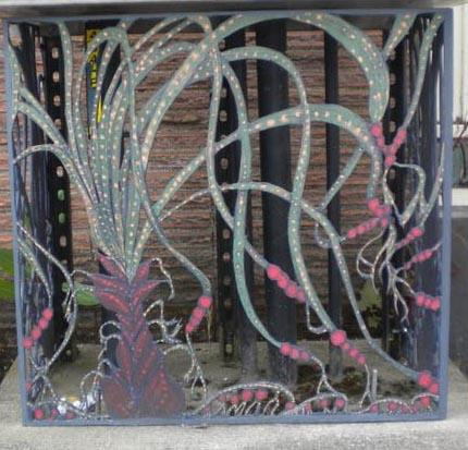 #7 Snake Vine crop web
